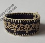 189/2009/Бижута-Ръчно изработени гривни и маншети с шевици-Ръчно изработена гривна от кожа с орнаменти