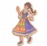 182/2481/Елементи от бирен картон и дърво-Лазерно изрязани фолклорни фигури от бирен картон -Мома