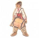 182/2482/Елементи от бирен картон и дърво-Лазерно изрязани фолклорни фигури от бирен картон -Момък с тъпан