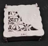 209/2584/Кутии-Лазерно изрязани кутии-Лазерно изрязанана кутия дърво пепел от рози